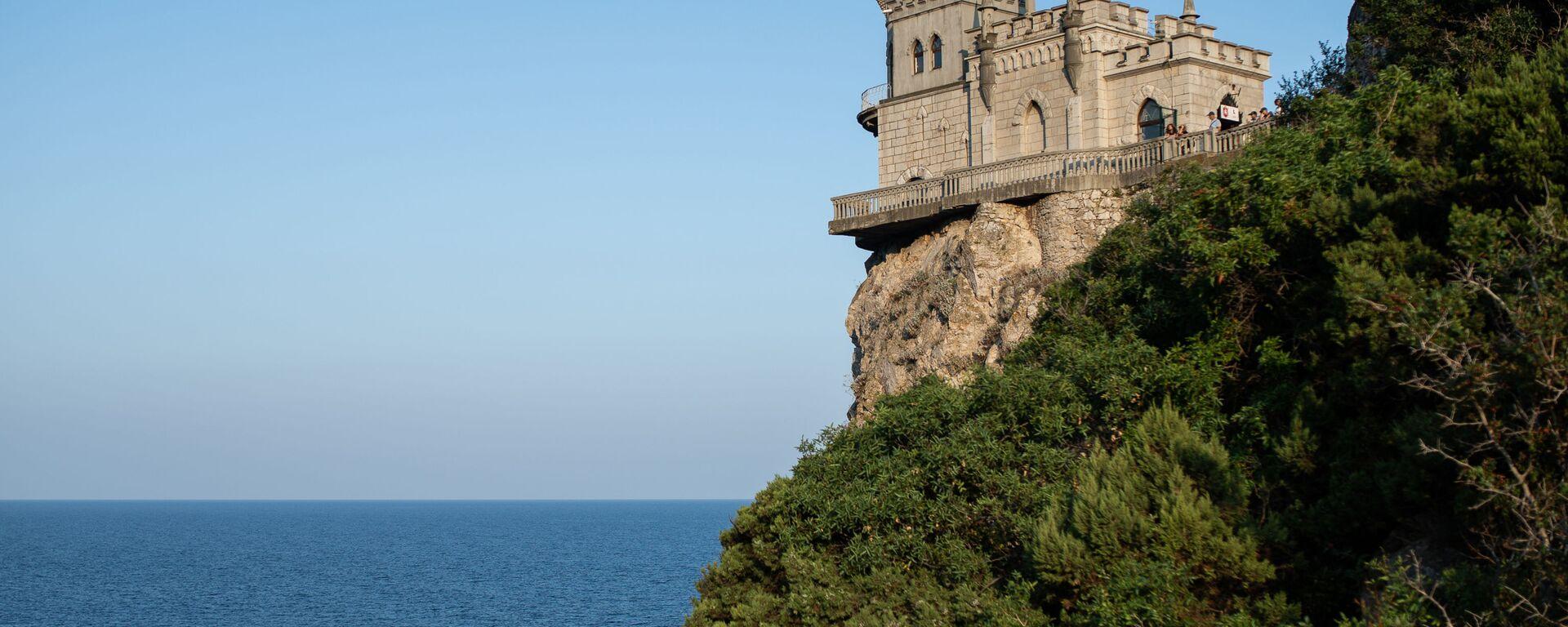 Zamak na obali Crnog mora u predgrađu Jalte na Krimu - Sputnik Srbija, 1920, 11.08.2021