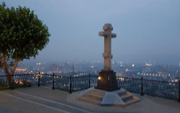 Караулна гора - видиковац, одакле пуца величанствен поглед на град Краснојарск - Sputnik Србија