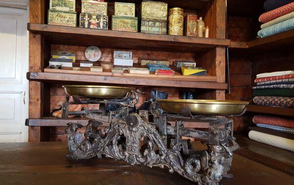 У Шушенском селу могу се видети трговине с краја 19. и почетка 20. века - Sputnik Србија