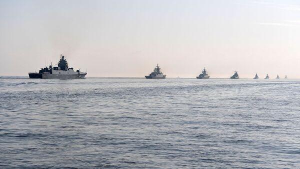 Ruska ratna flota na paradi u Sankt Peterburgu - Sputnik Srbija