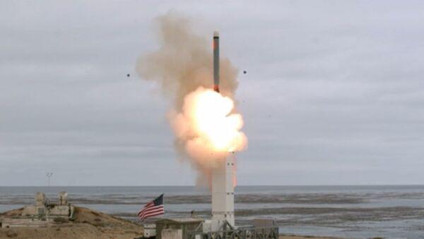 Ракетна проба америчке војске у Калифорнији - Sputnik Србија