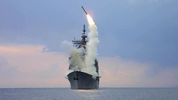 """Лансирање ракете """"томахавк"""" са америчке ракетне крстарице """"Кејп Сент Џорџ"""" - Sputnik Србија"""