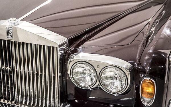 Аутомобил Ролс ројс шадоу у Музеју краљевских аутомобила у бившој резиденцији иранског шаха Мухамеда Резе Пахлавија - Sputnik Србија