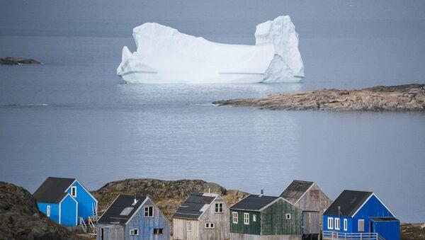 Ledeni breg iza grada Kulusuk na Grenlandu - Sputnik Srbija