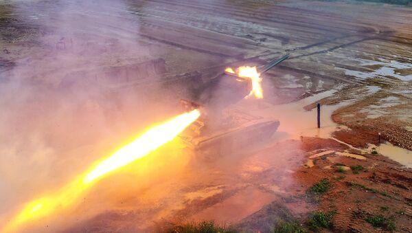 Вишецевни бацач ракета Торнадо - Sputnik Србија