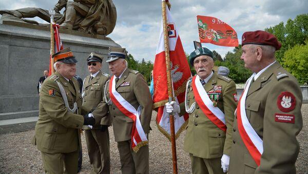Veterani Drugog svetskog rata u Besmirnom puku u Varšavi - Sputnik Srbija