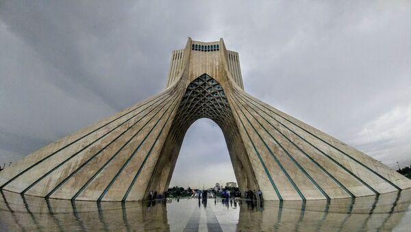 Kula Azadi u Teheranu - Sputnik Srbija