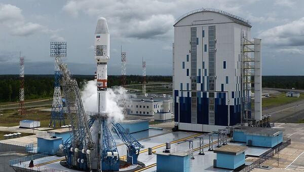 Лансирање ракете-носача Сојуз 2.1б са метеоролошким сателитом Метеор М са космодрома Восточни - Sputnik Србија