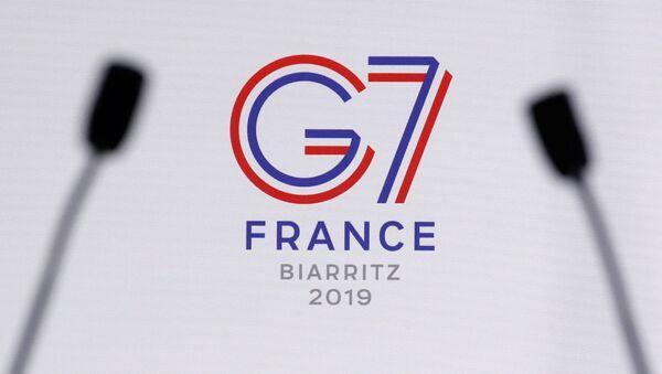 Logo grupe G7 na samitu u francuskom Bijaricu - Sputnik Srbija
