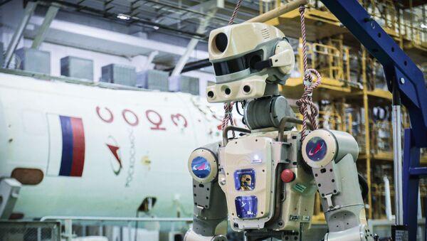 Podgotovka robota Skybot F-850 na Baйkonure - Sputnik Srbija