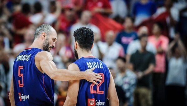 Марко Симоновић и Василије Мицић после утакмице Аргентина - Србија - Sputnik Србија