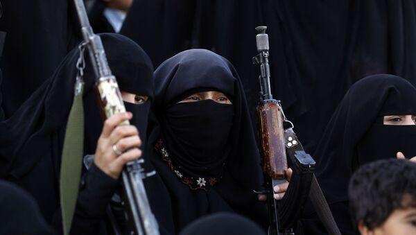 Žene-pristalice Huta u Jemenu - Sputnik Srbija