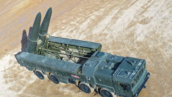 Самоходни лансер Искандер М - Sputnik Србија