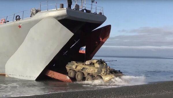 Руско искрцавање на Арктик - Sputnik Србија