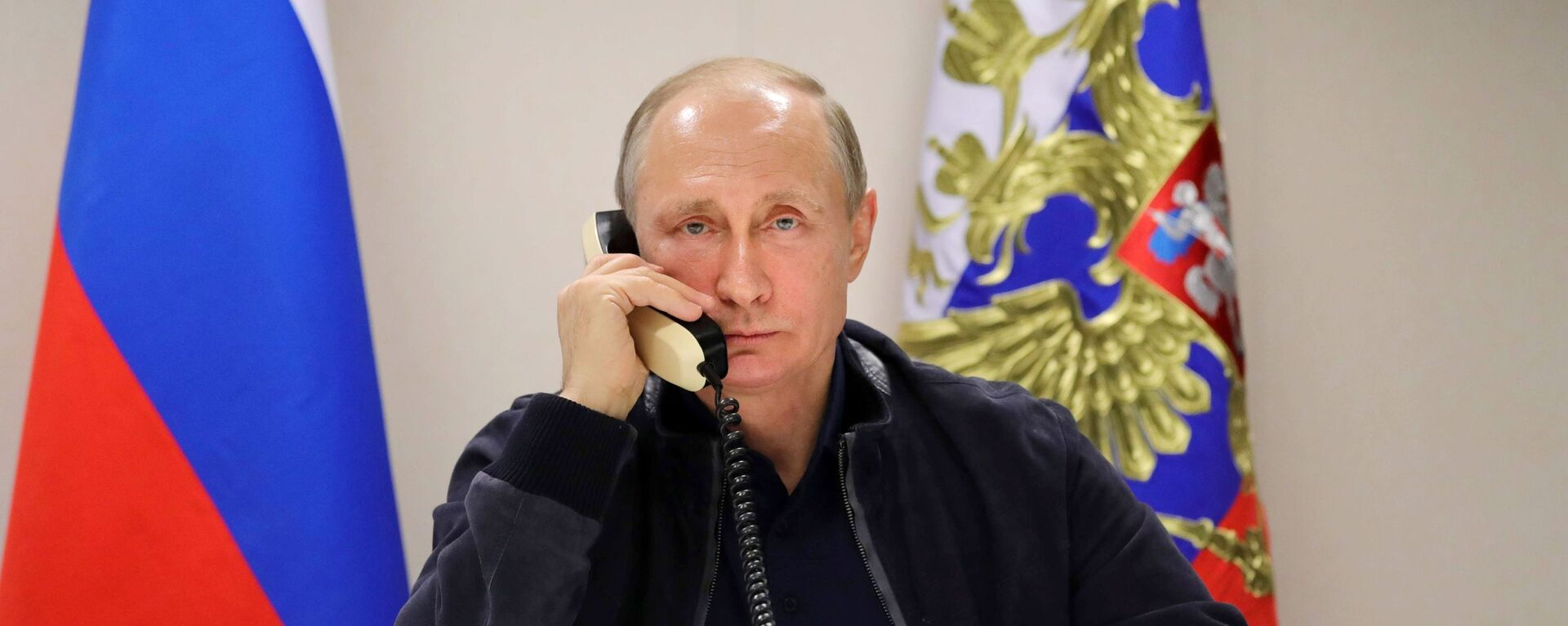 Predsednik Rusije Vladimir Putin tokom telefonskog razgovora sa predsednikom Turske Redžepom Tajipom Erdoganom  - Sputnik Srbija, 1920, 06.04.2021