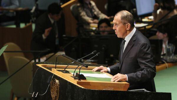 Министар спољних послова Русије Сергеј Лавров говори у Генералној скупштини УН  - Sputnik Србија