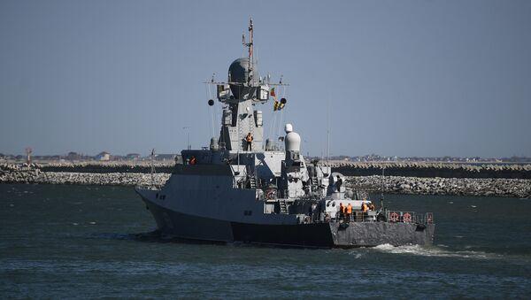 Мали ракетни брод Велики Устјуг на војним вежбама Каспијске флоте у луци Махачкала - Sputnik Србија