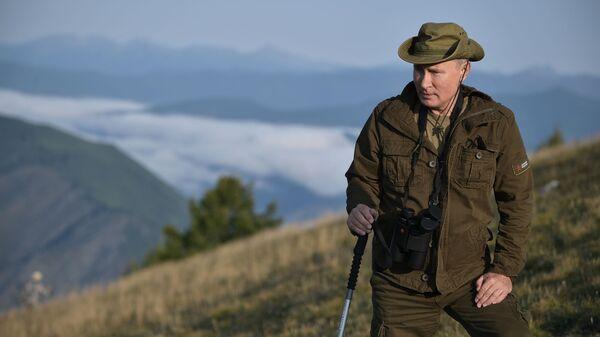 Председник Русије Владимир Путин на одмору у Републици Туви - Sputnik Србија