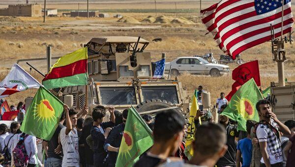 Sirijski Kurdi sa američkim snagama - Sputnik Srbija