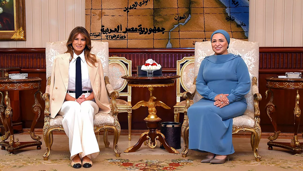 Melanija Tramp sa suprugom predsednika Egipta Intisar al Sisi - Sputnik Srbija