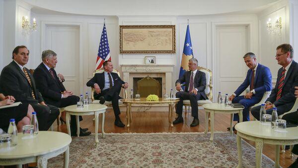 Ричард Гренел и Хашим Тачи на састанку у Приштини - Sputnik Србија