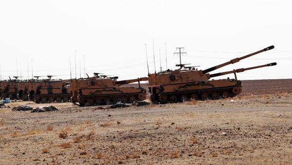 Turska oklopna vozila u blizini sirijske granice - Sputnik Srbija