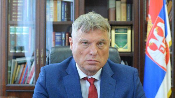 Miroslav Lazanski u svojoj kancelariji u ambasadi Srbije u Moskvi - Sputnik Srbija
