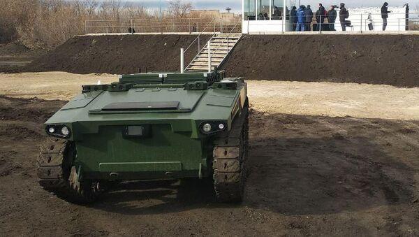 Роботизовано борбено возило Маркер - Sputnik Србија