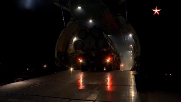 Snimak transporta S-400 u Srbiju - Sputnik Srbija