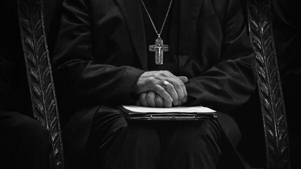Katolički sveštenik - Sputnik Srbija