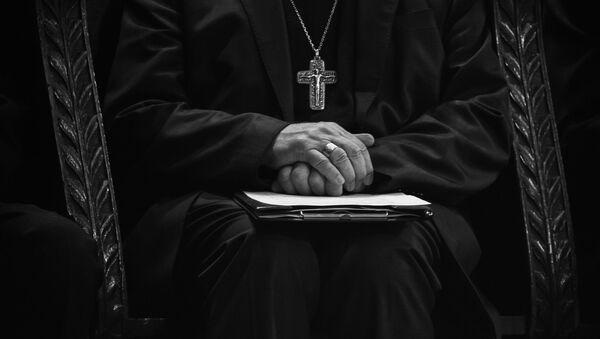 Католички свештеник - Sputnik Србија