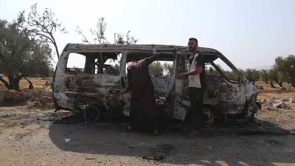 Уништено возило након напада на село у сиријској провинцији Идлиб где се наводно скривао лидер ДАЕШ-а Абу Бакр ел Багдади - Sputnik Србија