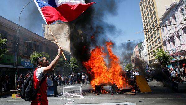 Протести у Чилеу - Sputnik Србија