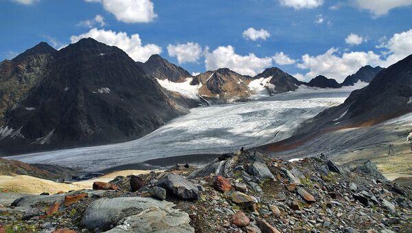 Глечер на Алпима - Sputnik Србија