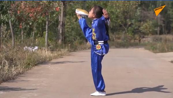Kineska devojčica majstor kung-fua - Sputnik Srbija