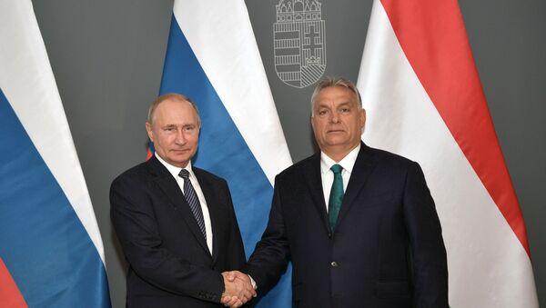 Predsendik Rusije Vladimir Putin i premijer Mađarske Viktor Orban tokom sastanka u Budimpešti - Sputnik Srbija