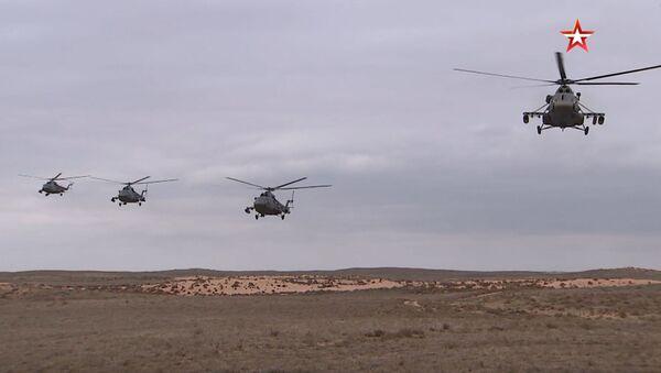Helikopteri Mi-8AMTŠ na vojnim vežbama BARS 2019 - Sputnik Srbija