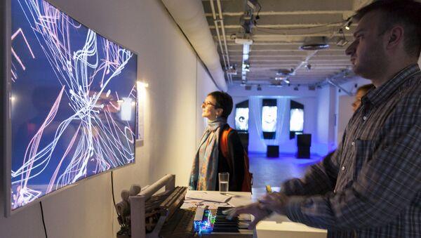 Приказани радови  у знатној мери се ослањају на креативне, научне и технолошке поступке - Sputnik Србија