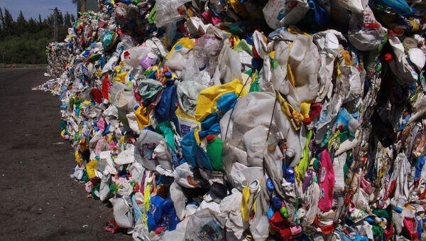 Рециклирање пластичног отпада у Шпанији - Sputnik Србија