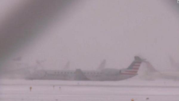 Avion skliznuo sa piste na aerodromu u Čikagu - Sputnik Srbija