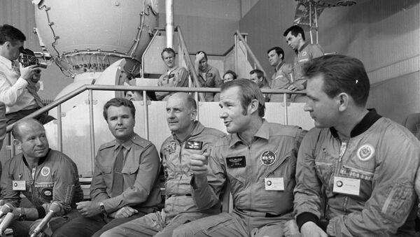 Sovjetski i američki astronauti - Sputnik Srbija