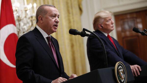 Redžep Tajip Erdogan i Donald Tramp - Sputnik Srbija