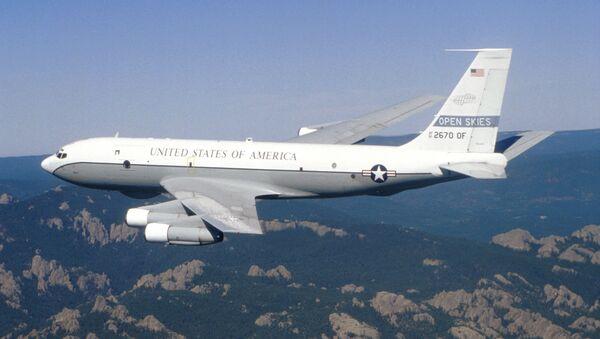Амерички авион Боинг ОЦ-135Б током осматрачког лета у оквиру Споразума о отвореном небу - Sputnik Србија
