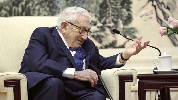 Кисинџер је рекао да је за протеклих 50 годину Кину посетио готово 100 пута - Sputnik Србија