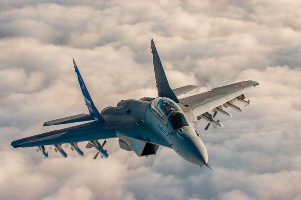Руски вишенаменски лаки ловац генерације 4++ МиГ-35 - Sputnik Србија