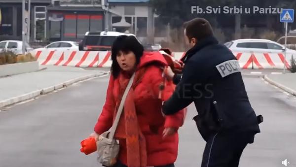 Incident u Kosovskoj Mitrovici - Sputnik Srbija