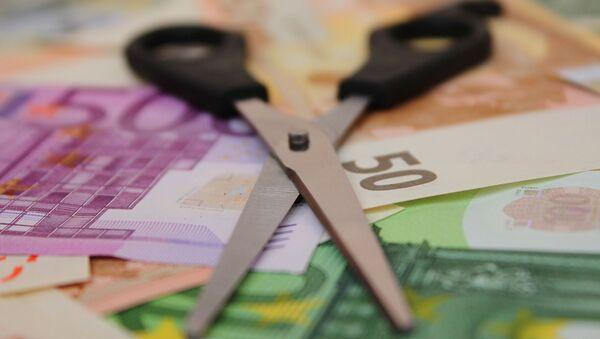 Еври и маказе - Sputnik Србија