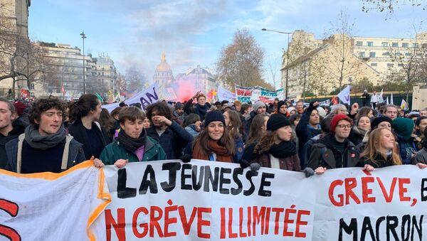 Протести синдиката у Паризу - Sputnik Србија