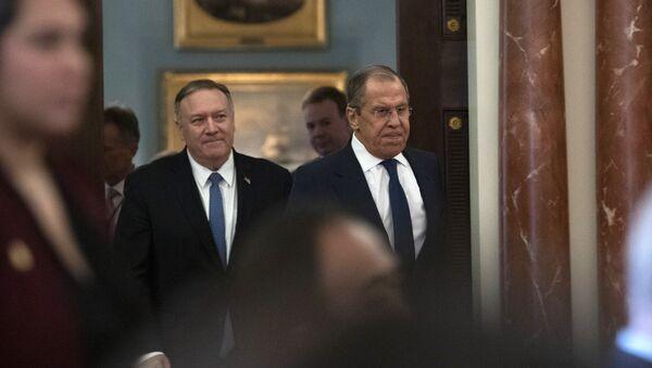 Мајк Помпео и Сергеј Лавров - Sputnik Србија