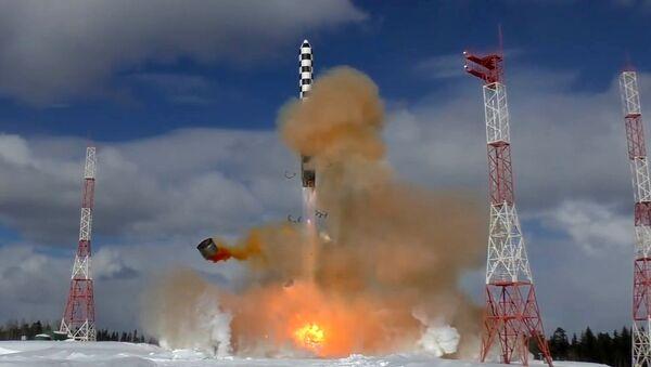 Lansiranje interkontinentalne balističke rakete Sarmat sa kosmodroma Pleseck u Arhangelskoj oblasti - Sputnik Srbija